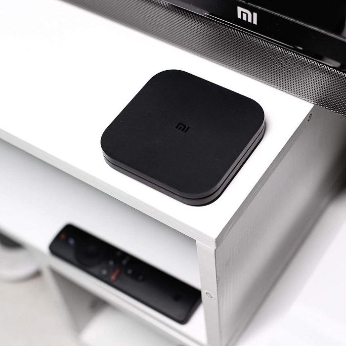 Xiaomi Mi Box S im Wohnzimmer